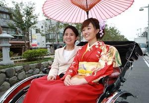 鎌倉成人式 振袖前撮り 屋外撮影 人力車 お母さん 横須賀 逗子葉山