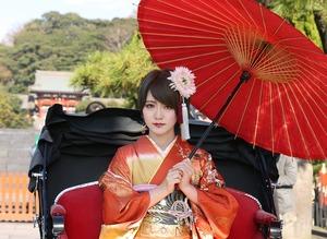 鎌倉成人振袖人力車ロケーション写真 鶴岡八幡宮