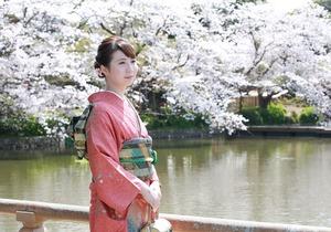 成人式振袖屋外撮影桜ロケーション写真