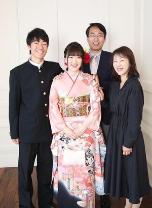 振袖スタジオ撮影 振袖スタジオ写真 鎌倉家族写真
