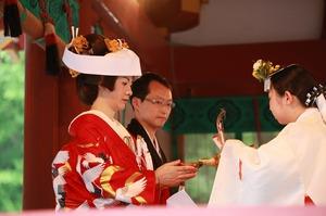 鶴岡八幡宮結婚式誓いの盃