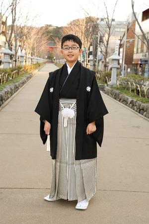 鎌倉小学生卒業袴男児1