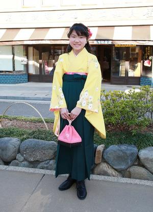 鎌倉小学生卒業袴 イエロー小袖緑袴