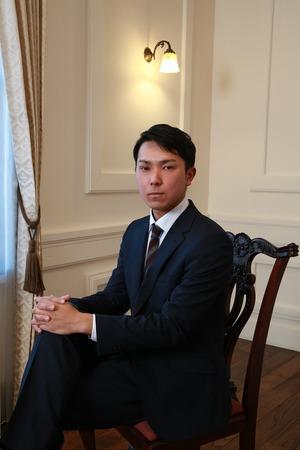 鎌倉成人男子ポートレート3