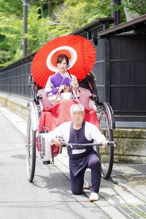 成人式 ママ振袖 前撮り 人力車 ロケーションフォト  鎌倉 7