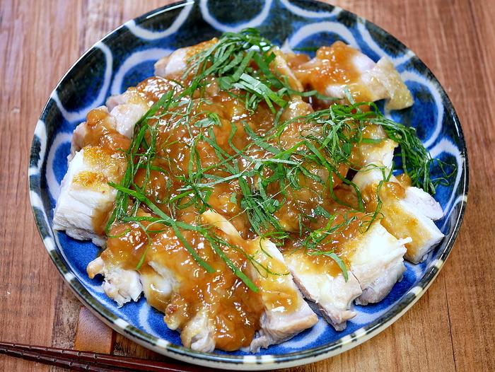 鶏肉の梅肉ソースがけ2