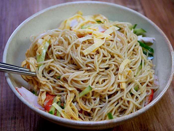 sどんぶりで食べる混ぜ混ぜ冷やし中華8