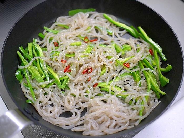 s-糸こんとピーマンの炒め物6