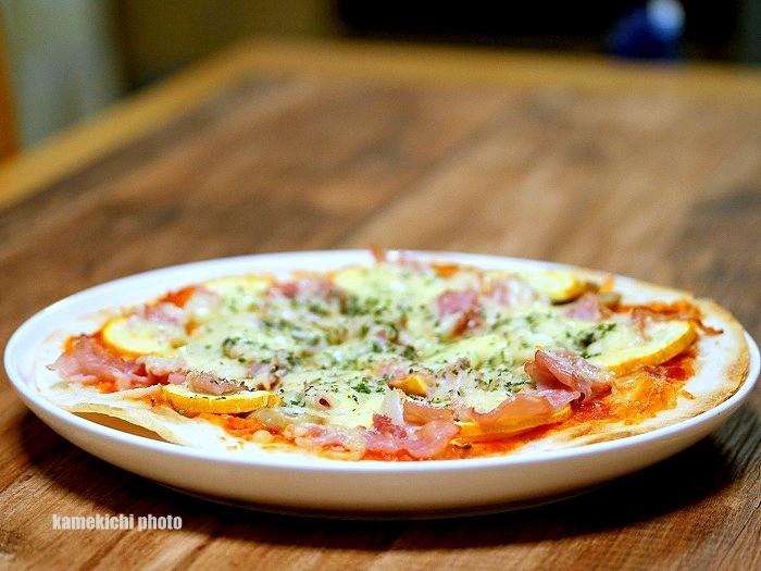 s-生ハムのピザ1