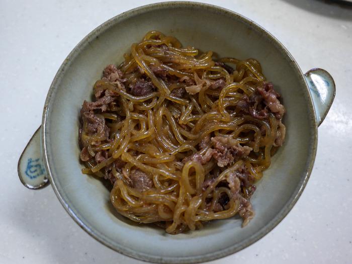 糸こんのすき炒め煮(牛肉入り)12
