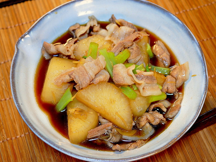 豚バラ肉と大根のめちゃうま煮1