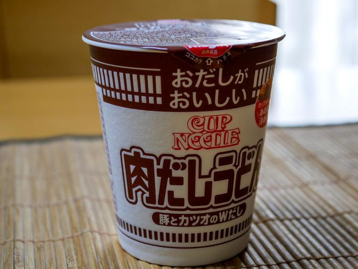 カップヌードル肉だしうどん1-2