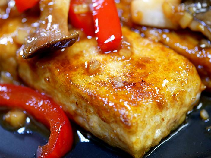 sしっかりと焼いて「豆腐ステーキ」2