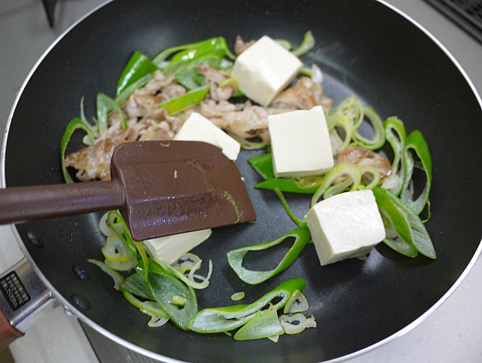 s豆腐と豚肉の塩ネギチャンプル6