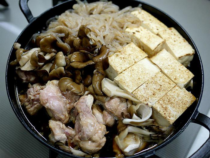 sスキレットで鶏肉のすき煮7