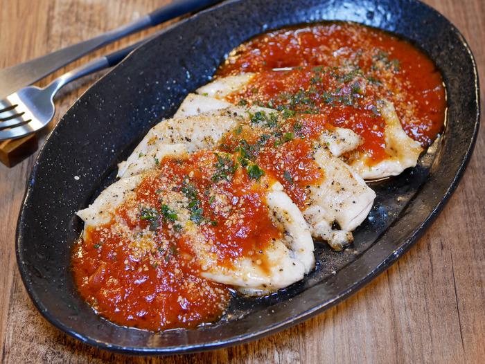 鶏ささみ肉のソテートマトソースかけ1