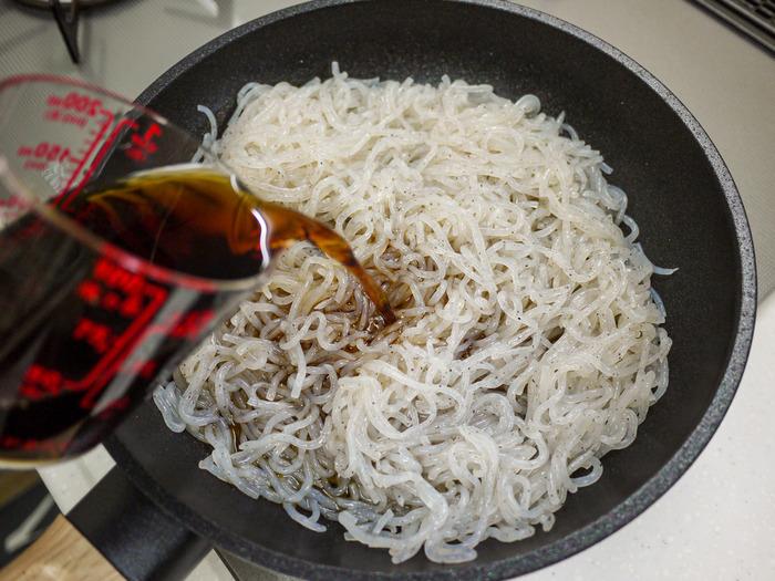 糸こんのすき炒め煮(牛肉入り)9