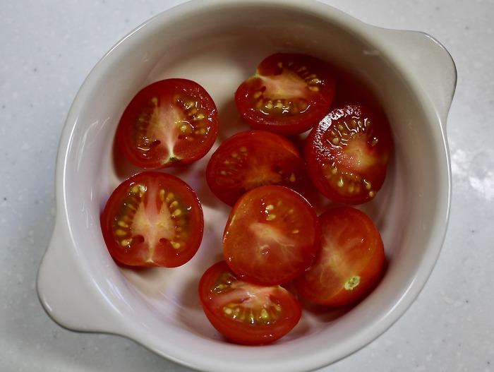 ミニトマトとシラスのチーズ焼き5