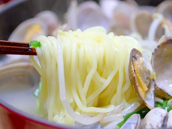 s-温かく食べよう「あさりラーメン鍋」2