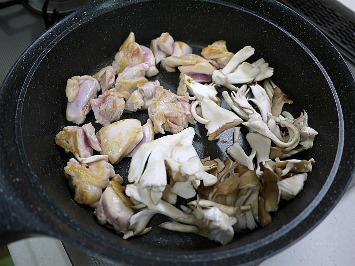 sまん丸ご飯鍋で鳥釜飯5