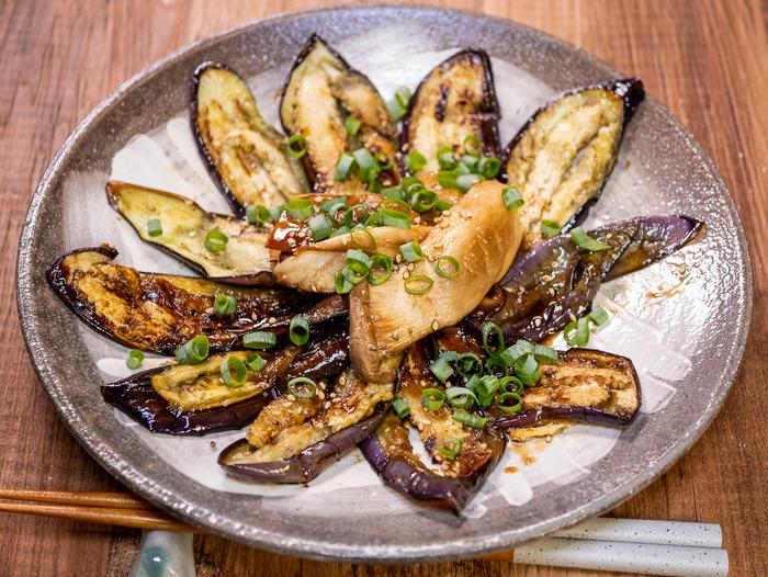 薄く切ってさっと焼く「茄子とエリンギの蒲焼風」「丹波篠山で食べた地味に美味しい食堂」