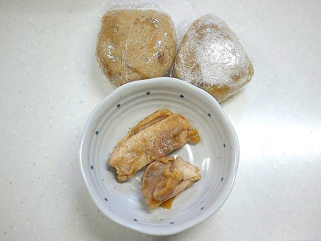 s-残った釜めしと鶏の照り焼きでとろろ焼き飯3