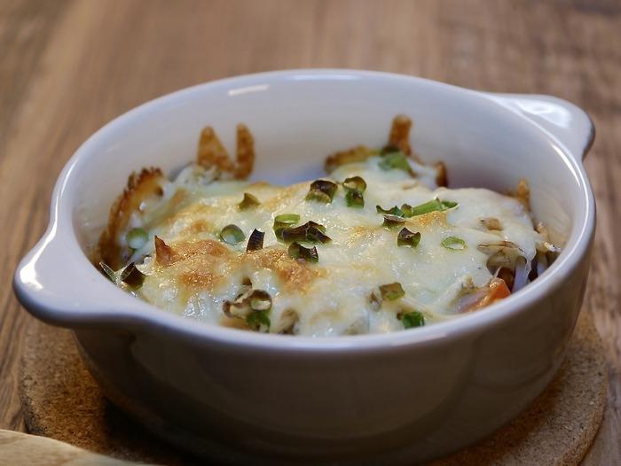 ミニトマトとシラスのチーズ焼き1