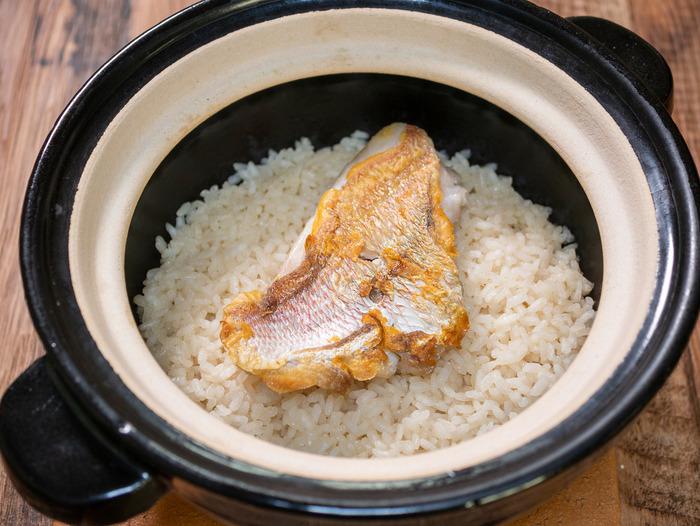 じんわり美味しい「連子鯛の炊き込みごはん」「丹波篠山 NIPPNIAの朝食が潔く美味しかった」
