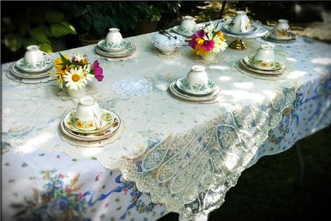 tea-party-2669989_1280
