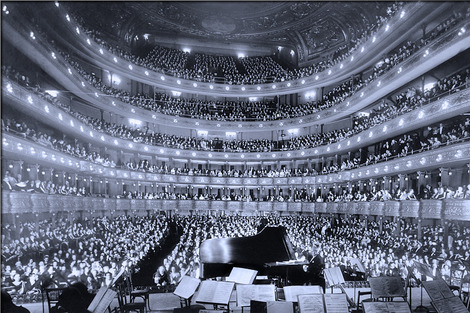 opera-67497_1280