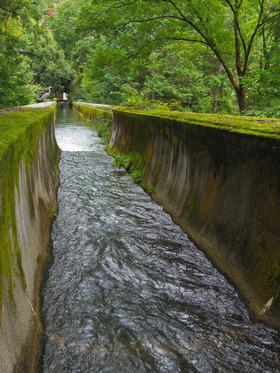 南禅寺の水路閣を上から