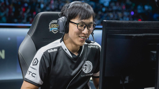 Doublelift-reveals-why-hes-retired-from-League-of-Legends