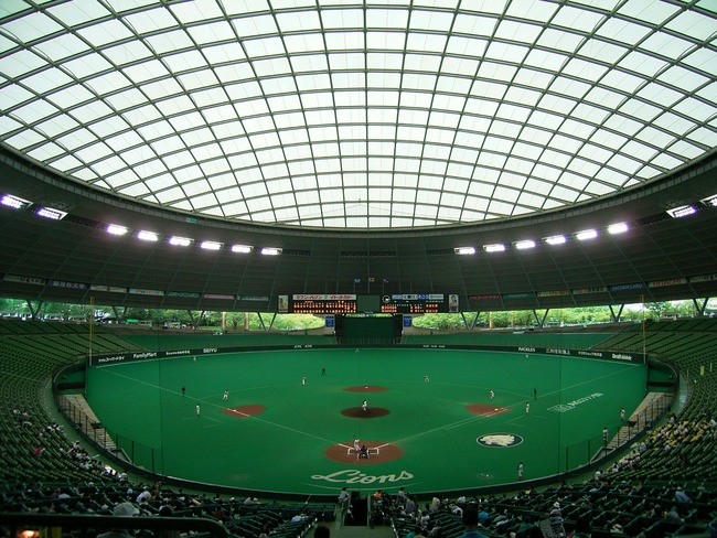 Seibu_Dome_September-10_2007-1