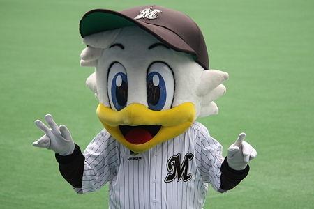 chiba-lotte-marines-mascot2