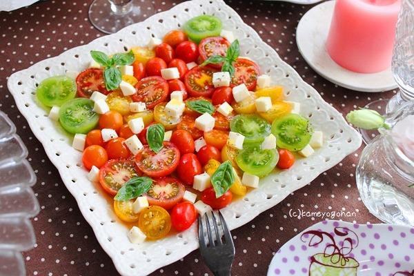 トマトのカプレーゼ お花畑サラダ