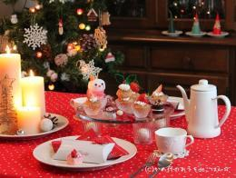 クリスマスのティーテーブル