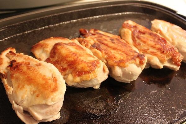 鶏むね肉の鶏ハム
