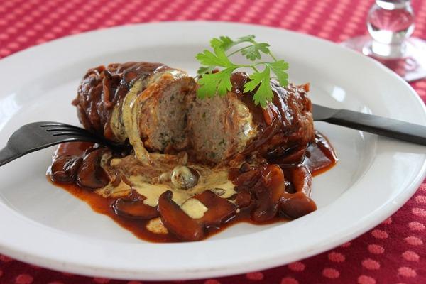 肉巻きステーキ(ヨリ アップ)b