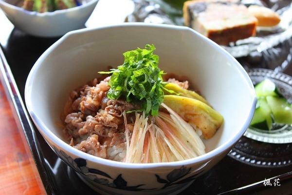 神石牛とトロナスの夏寿司