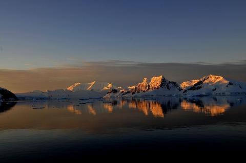 antarctica-3575037_640