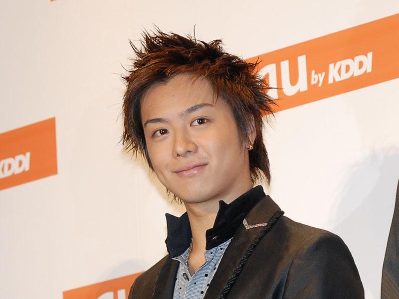 auのイベントに出席しているEXILEのTAKAHIROの画像