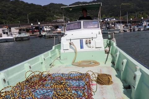 牡蠣筏へ向けて
