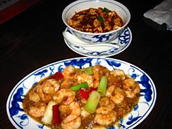 エビチリと麻婆豆腐