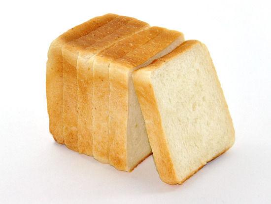 生活保護受給者「今日の朝食はパン1枚、パン1枚です!」