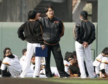 巨人・松井秀喜臨時コーチ、12年ぶりに宮崎に