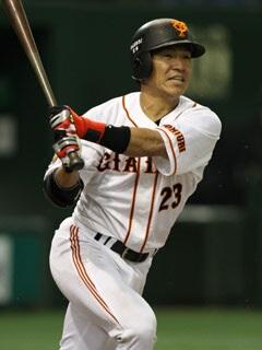 巨人・脇谷亮太、西武へ「さみしいが…頑張りたい」