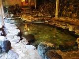 浴室棟 岩風呂・香華の湯へ 岩風呂 滝の湯2-4