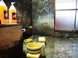 女性内湯 洗い場2