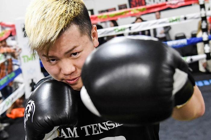 WBC世界スーパーフェザー級8位の20歳「テンシン、俺は階級も同じ。500万ドルでやるで!」