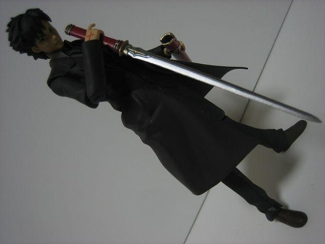 剣を逆手持ちにして戦うメリットってなんや?